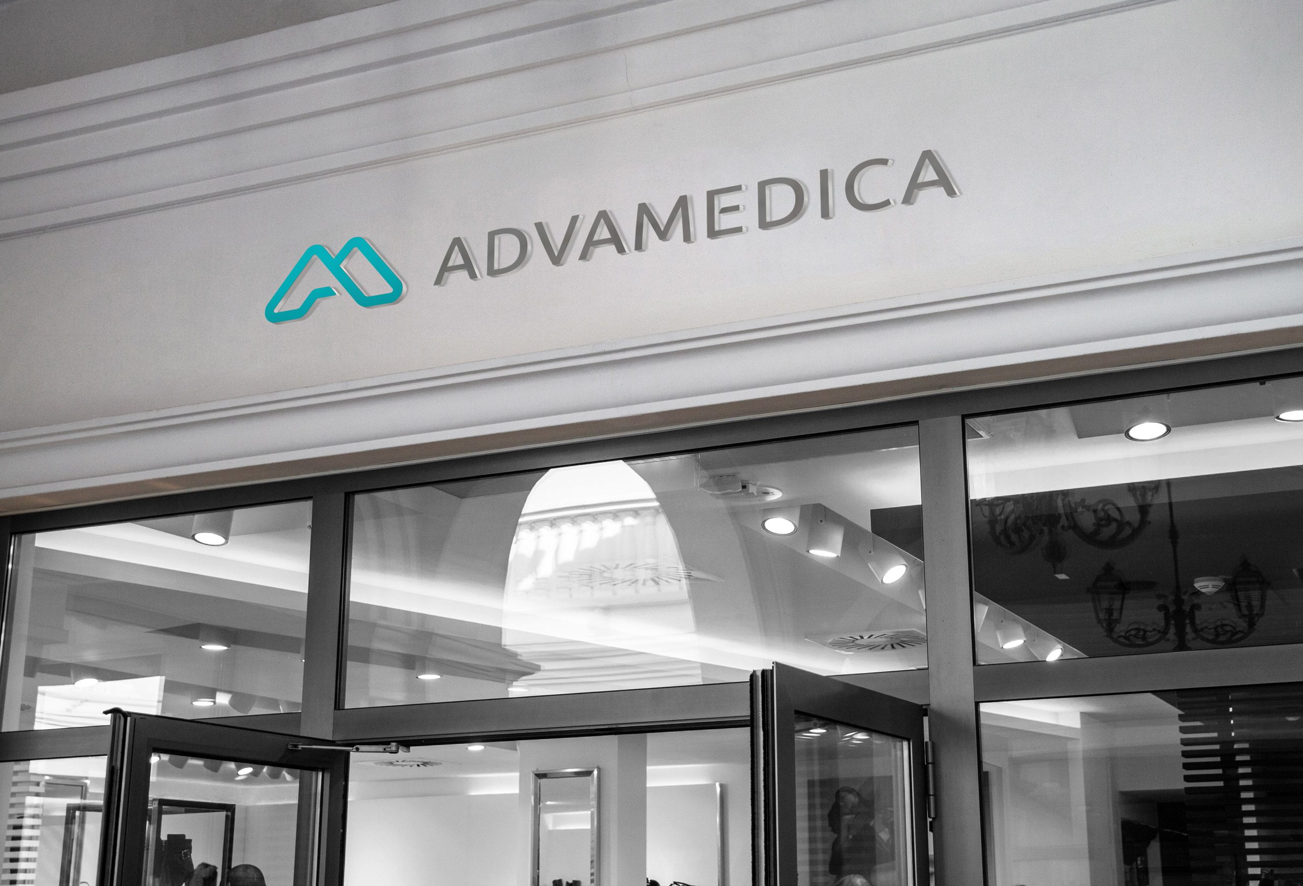 Store signage design for Advamedica